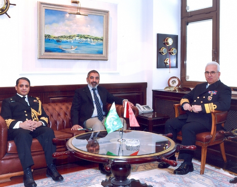 Pakistani Commander of CTF 150 visits Turkey, meets with senior Turkish commanders