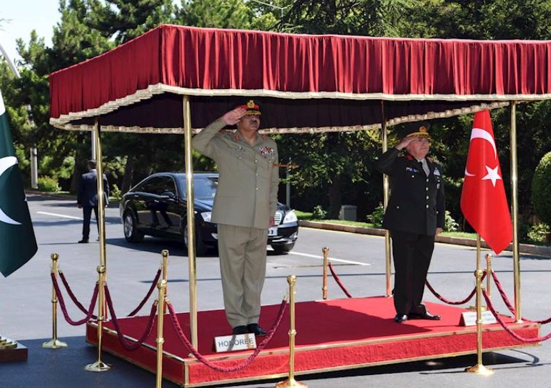 Pakistan's top military commander visits Turkey to further strengthen defence ties