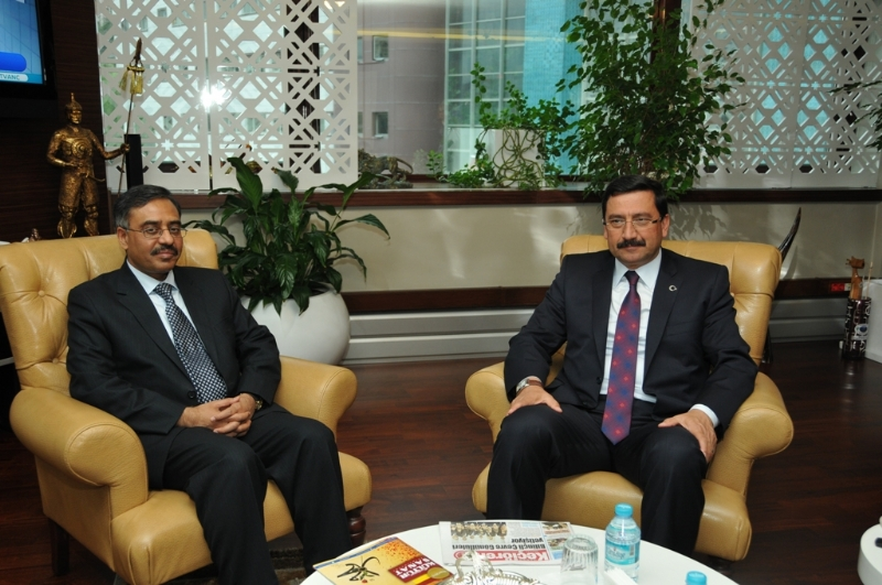 Ambassador Sohail Mahmood discusses cultural cooperation during visit to Keçiören Municipality