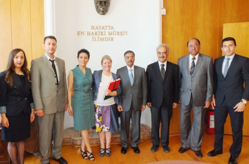 Ambassador Sohail Mahmood visits Urdu Department at Ankara University
