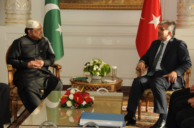 President of Pakistan telephone to President of Turkey over shooting down of Turkish Air Force aircraft by Syria
