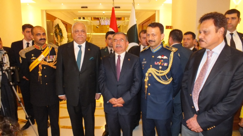 Turkish Defence Minister, Ambassador of Pakistan, Consul General Istanbul, Defence Attache  Army Attache during defence day of Pakistan.