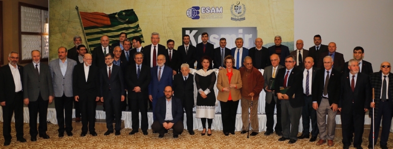 Group photo of Speakers and panel discussion participants on the occasion of Kashmir Solidarity Day in Ankara