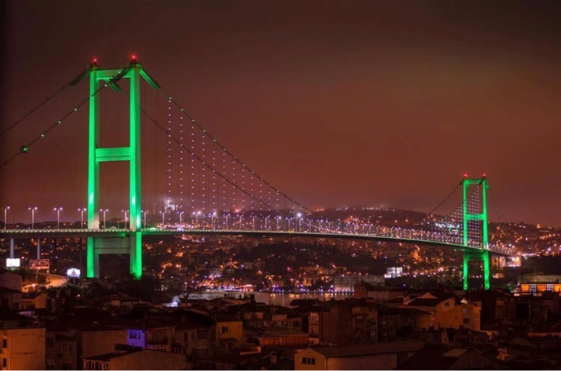 Istanbul bridges illuminated in Pakistan flag colours to mark Pakistan Day in Turkey