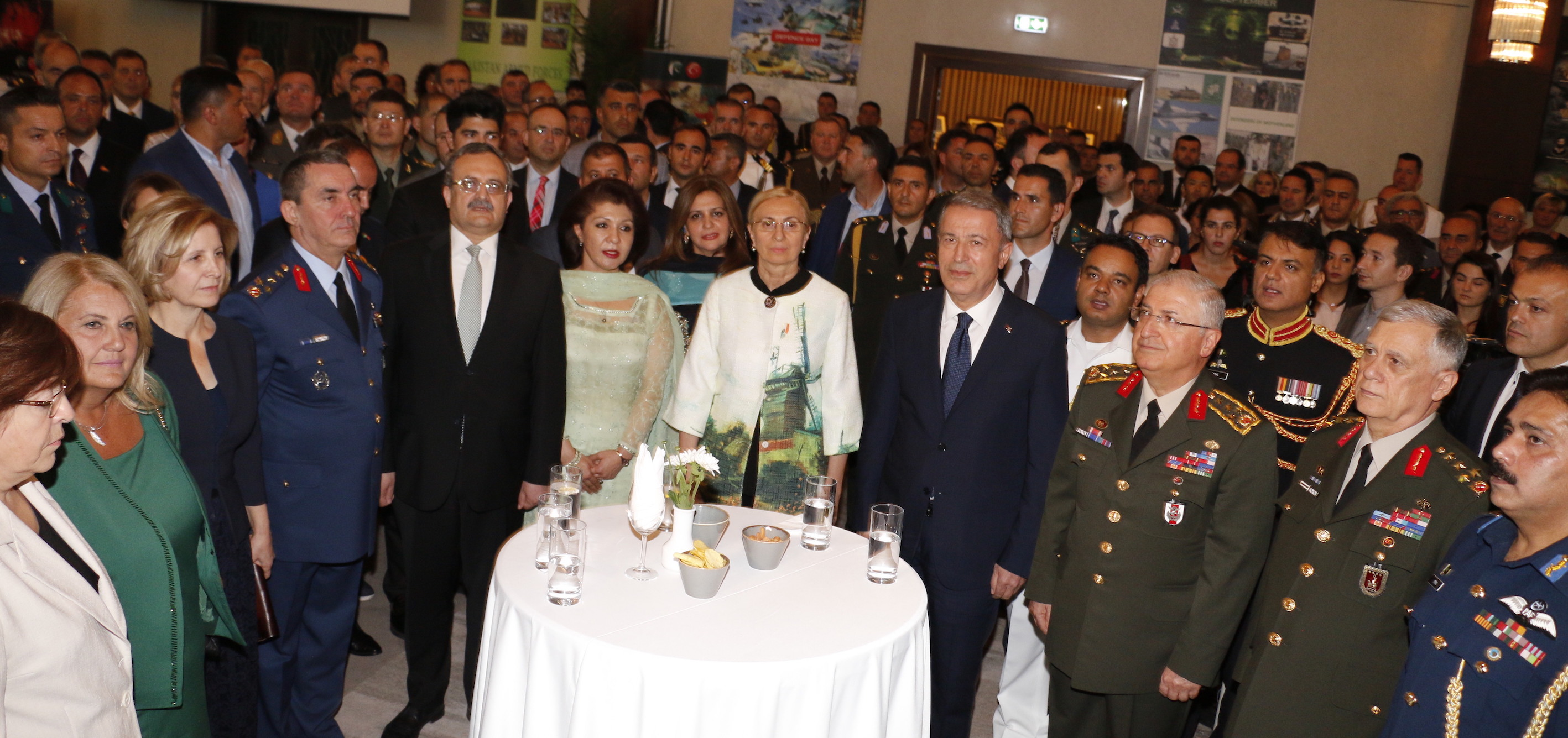 Dignitaries during Pakistan Defence Day reception